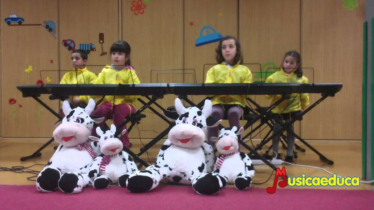 Valentina y la flor - Grupo de alumnos de Mi Teclado 1 - Mayeusis