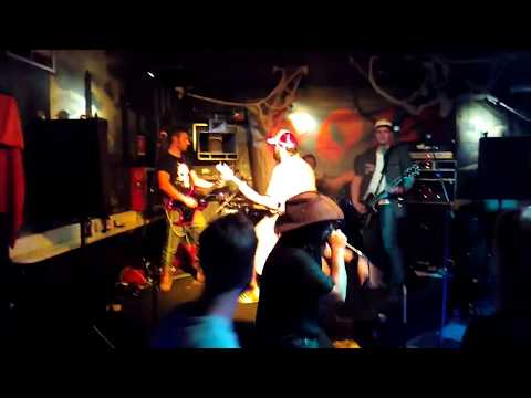 ZHUO Sweet Columbine en directo sala Urbe del Kas