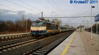 preview picture of video 'Praha-Běchovice - Průlety R875 a EC170, 11.2.2011'