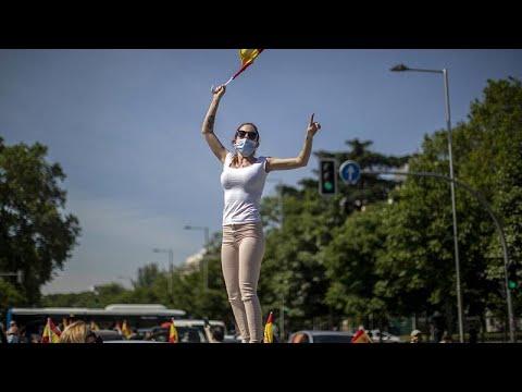 Ανοίγει για τους τουρίστες η Ισπανία από Ιούλιο – Διαδηλώσεις του Vox κατά της καραντίνας…