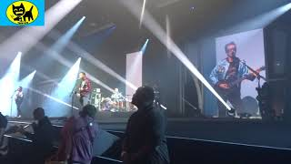 Gambar cover Front Row: Muse Psycho Killer live at Blizzcon 2017