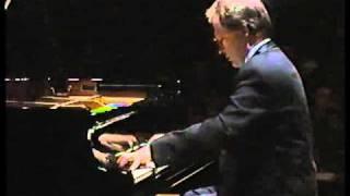 Hamelin plays Liszt Un Sospiro Video
