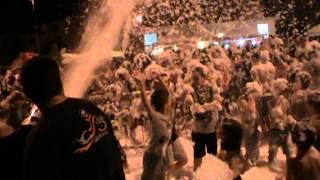 preview picture of video 'SCHIUMA PARTY VILLA COMUNALE MUGNANO DI NAPOLI 29 LUGLIO 2012'