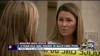 Phoenix police: Father finds 3-year-old in backyard pool