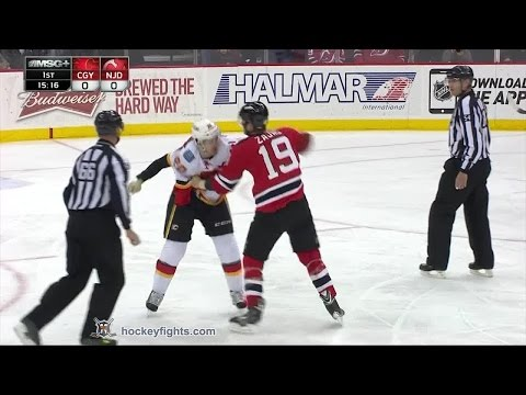 Curtis Glencross vs Travis Zajac