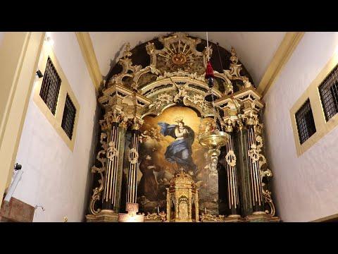 Restauració del retaule major de l'antic monestir de Caputxines