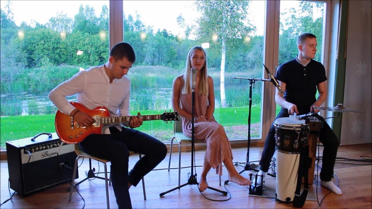 Kelli Kibar Trio (Live)