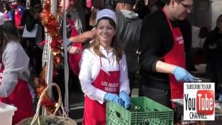Masiela Lusha Gives Back For The LA Mission Community Thanksgiving Dinner