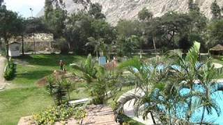 preview picture of video 'SANTA EULALIA Hotel Piscinas Bungalows Club Social Centromin Paseos y Campamentos'