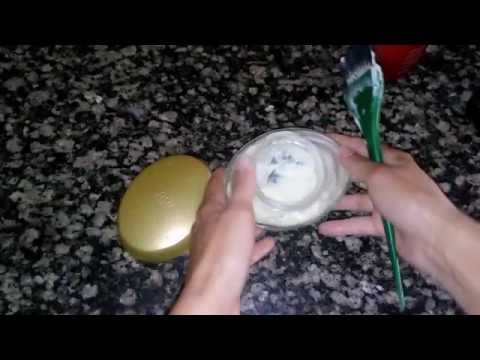 Tratar um fungo do vinagre de pregos com o azeite de girassol