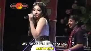 Download lagu Via Vallen Lepaskan Mp3