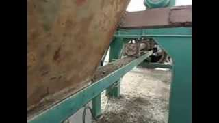 concrete feeder system for the concrete pipe machine