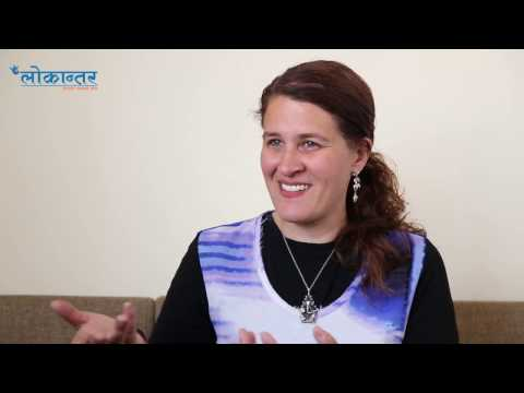 अमेरिकी चेलीको नेपाल प्रेम: भूकम्पपीडितका घर बनाउँदै नताशा