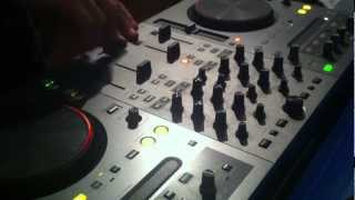 Crossfader Mixing On DDJ-T1 With Traktor Software