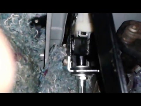0 - Хрустит педаль сцепления на приоре