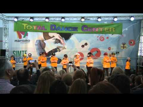 Mini Street - Christmas Show 2015 | Total Dance Center