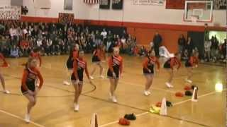 preview picture of video 'PAHS Gators Varsity Cheer Dance - 2012'