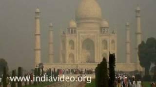 Taj Mahal shrouded in Mist