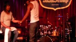 "Q. Parker (of 112) ""U Already Know"" Live at B.B. Kings 2/20/11"