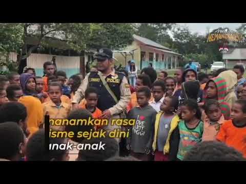 Binmas Noken Polri Melaksanakan Program Polisi Pi Ajar Di SD Inpres Megapura, Jalan Raya Kurima, Distrik Asolokobal
