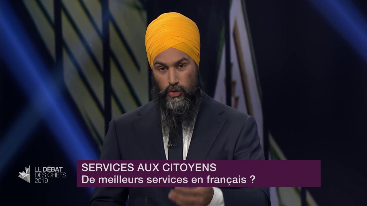 Jagmeet Singh answers a question about services in French