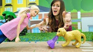 Barbie y Ken tienen una Cita romántica. Vídeos de juguetes.
