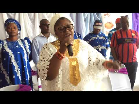 Watch As Emotional Princess Toyin Kolade Showers Prayers On School Teachers