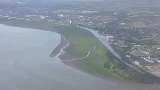 preview picture of video 'Flight over the River Mersey & Manchester Ship Canal, Ellesmere Port, England - July 2014'