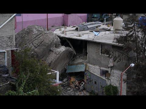 بالفيديو.. مقتل شخص على الأقل في انهيار صخري في المكسيك