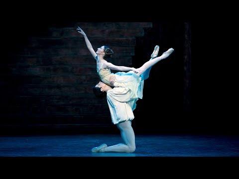 Romeo and Juliet – Balcony pas de deux (Federico Bonelli, Lauren Cuthbertson; The Royal Ballet)