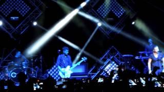 (HD) Counting Stars - OneRepublic live at the Hard Rock Coliseum Singapore 29 Oct 2013