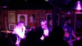 Far From Alaska - Deadman - live liverpub vitoria
