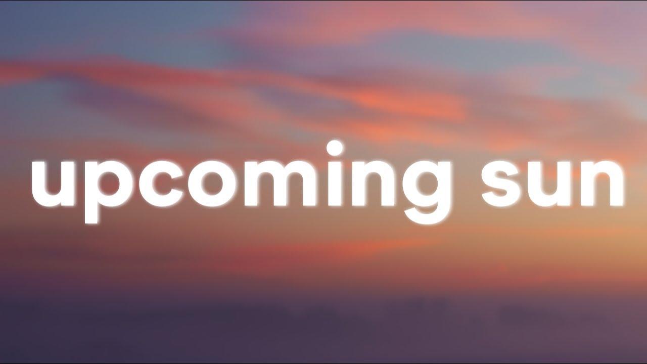 GinjaBred feat.DIGRESS - Upcoming Sun (Lyrics)