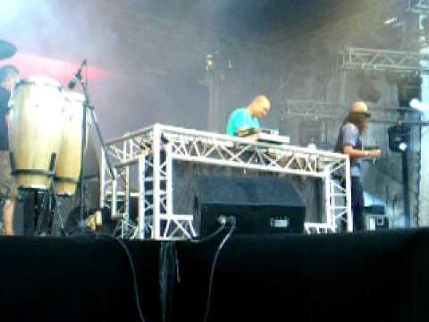 Theatric Beats Outdoor 09 Sidney Samson Jo-Groove en Mc Lady Bee