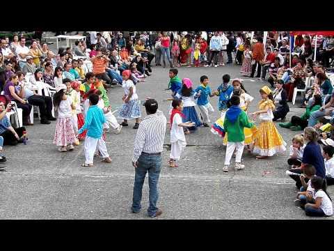 Comparsa grado Tercero Fiestas Gemellistas 2012