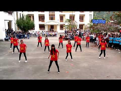 Học sinh Lê Lợi nhảy dân vũ 9-1-2014