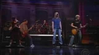 Avril Lavigne - Losing Grip live David Letterman 2003