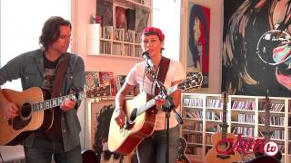 Sarah Lee Guthrie and Johnny Irion - I Ain't Got No Home (Woody Guthrie cover) (Live @ Jam TV)