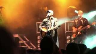 "Darius Rucker- ""Forever Road"" (HD) Live at the New York State Fair on August 30, 2009"
