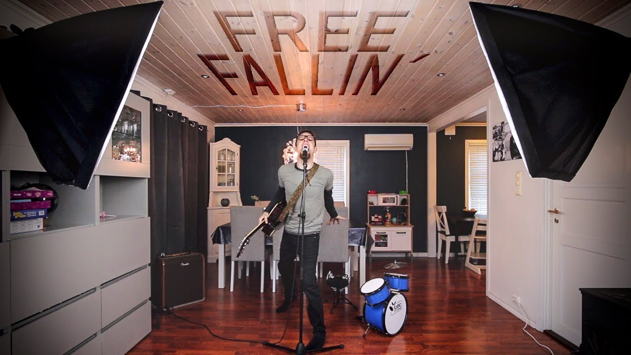 Frogleap Free Fallin' Video