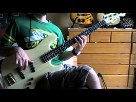 Bass Guitar Essentials: Intermediate Chicken?  Soloing concepts for dominant 7 chords