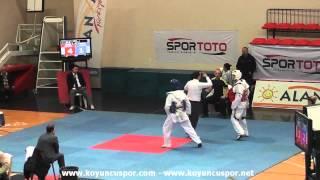 68kg T. Kaya vs R. Ozer (2013 Turkish Senyor TKD Championships)