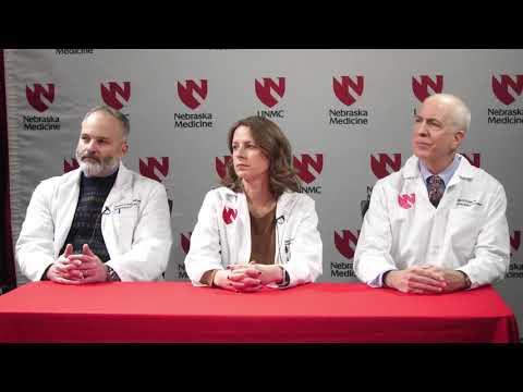 Upaljeno grlo hipertenzija glava