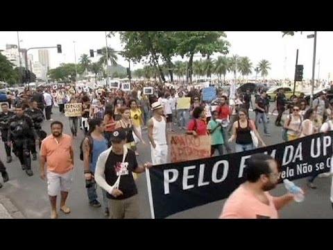 Βραζιλία: Διαδηλώσεις εν μέσω Μουντιάλ