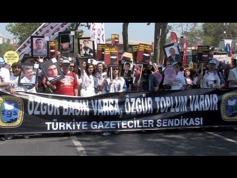 Küresel ekonomik krizin gölgesinde 1 Mayıs
