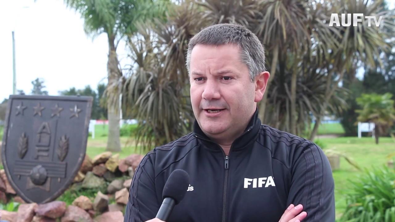 Curso FIFA - RAP para árbitros y asistentes de primera categoría en Uruguay