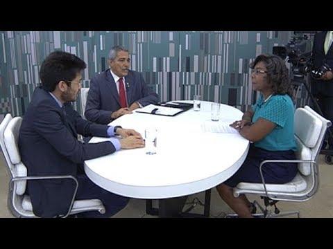 Deputados avaliam a privatização dos Correios