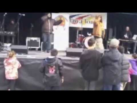 Tuone & Pre  Put Em Up @ Youth Day Out 11/05/13