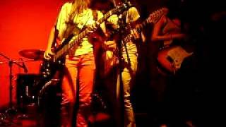 Banda Fixa - You Make Me Hot (The Donnas cover)