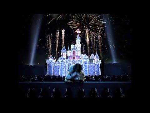 A Sparkling Christmas A Winter Wonderland at Hong Kong Disneyland (2008)